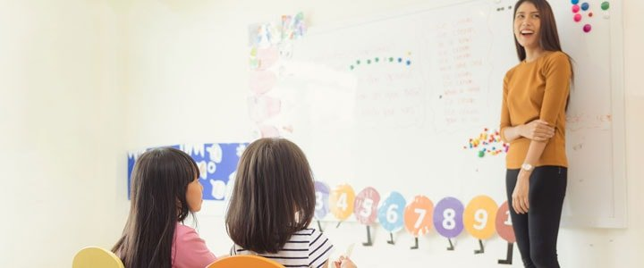 niños aprendiendo a memorizar